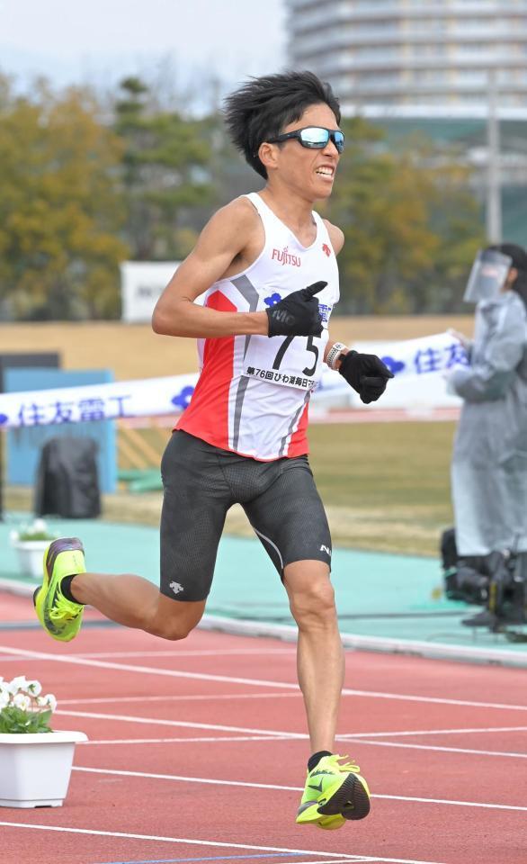鈴木健吾が日本新記録で優勝 2時間4分56秒 びわ湖毎日マラソン/スポーツ/デイリースポーツ online