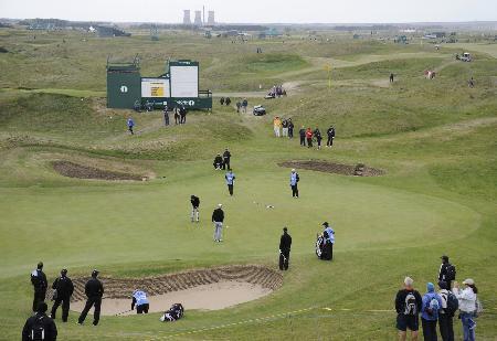 全英オープンゴルフの開催が7月に予定されていたロイヤルセントジョージズGC=2011年(共同)
