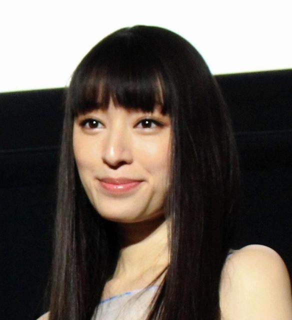 栗山千明さんのポートレート