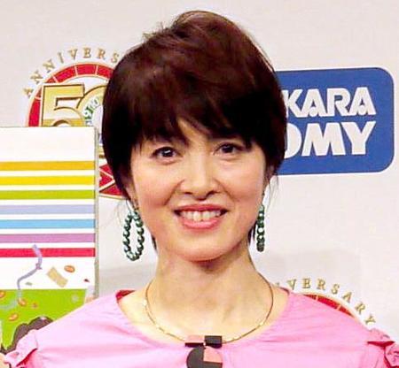荻野目洋子、星由里子さん死去に...