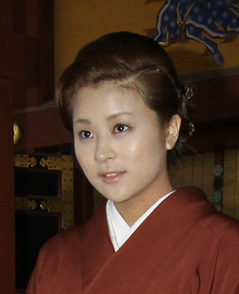 勘 妻 中村 九郎
