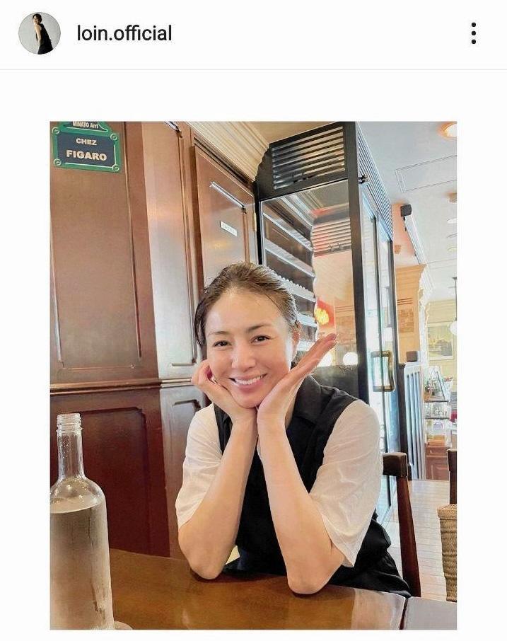 井川遥 リラックスした笑顔写真に「すっぴん?超キレイ」「飾らない ...