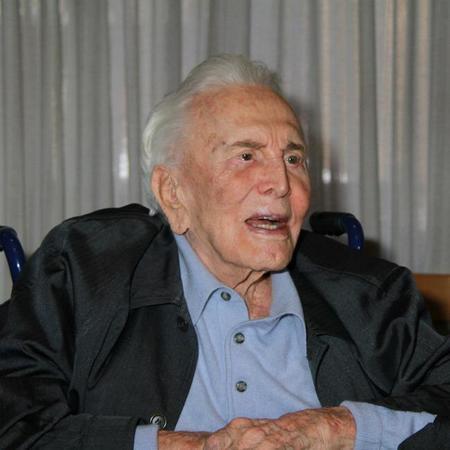 101歳のカーク・ダグラス、いま...