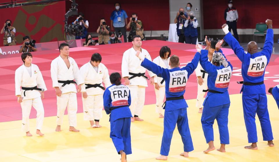 柔道・混合団体は決勝で仏に敗れて銀メダル サッカー男子は2大会ぶり4強入り