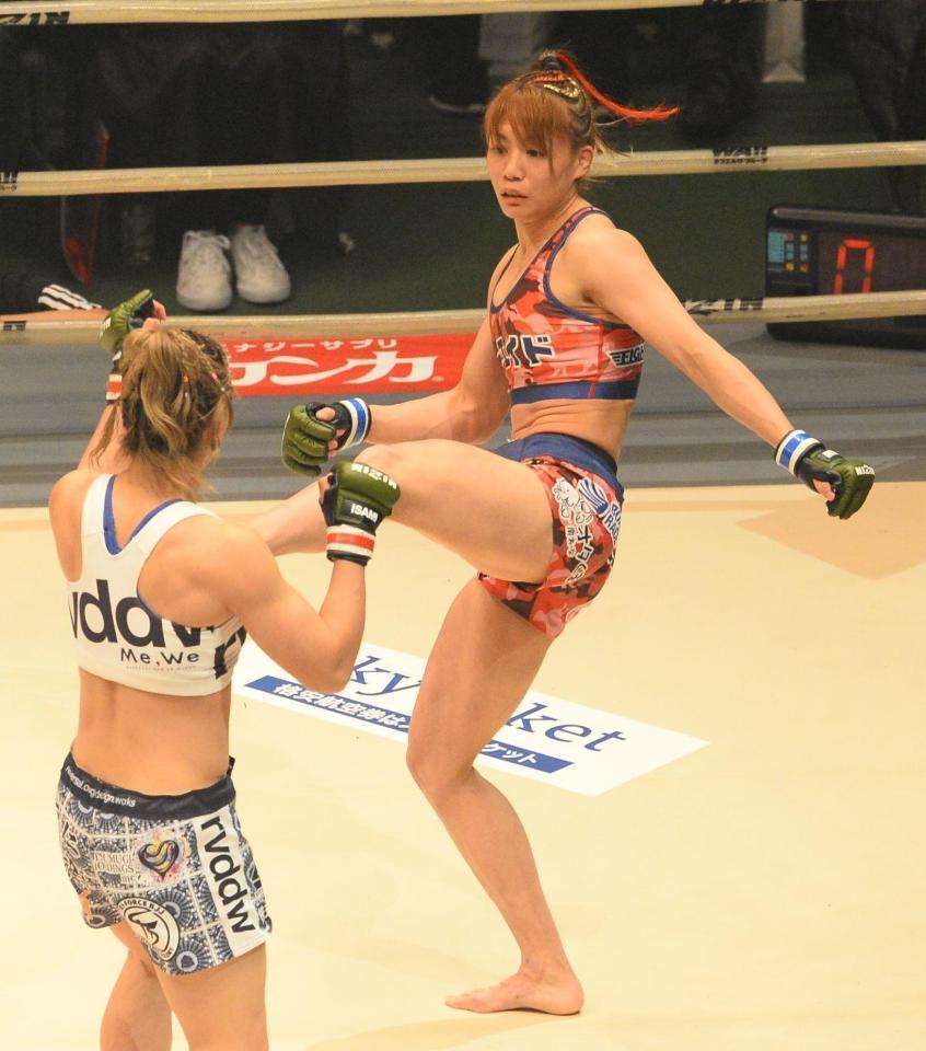 """筋肉くびれ美女""""渡辺が""""超人女子""""杉山に勝利「MMAを引っ張っていく ..."""